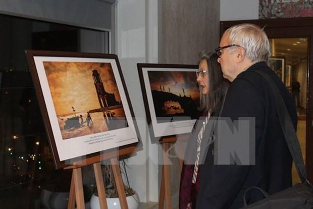 Exposicion fotografica en sede de UNESCO resalta belleza de mares de Vietnam hinh anh 1