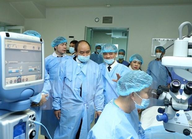 Premier vietnamita pide mejorar servicios de salud visual del pueblo hinh anh 1
