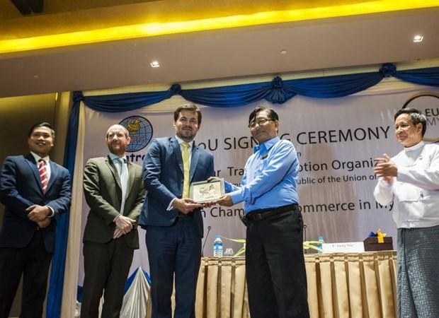 Myanmar y Eurocham rubrican memorando de colaboracion economica hinh anh 1