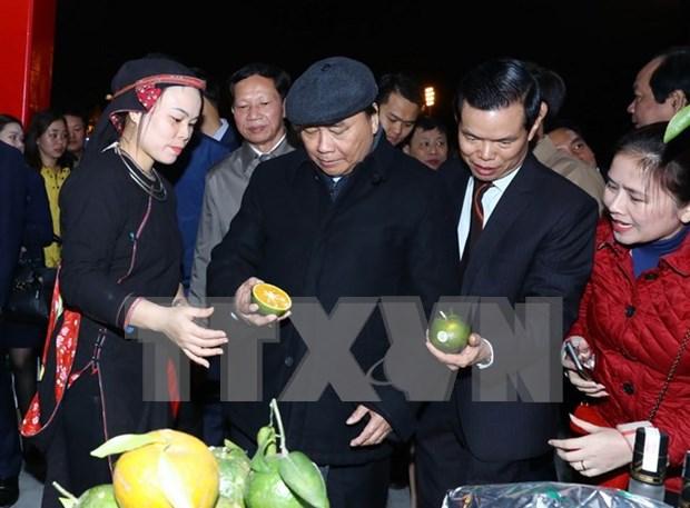 Premier vietnamita insta promover calidad de productos locales de provincia de Ha Giang hinh anh 1
