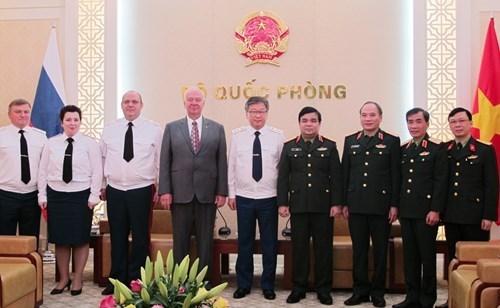 Ejercitos de Vietnam y Rusia buscan intensificar cooperacion juridica hinh anh 1