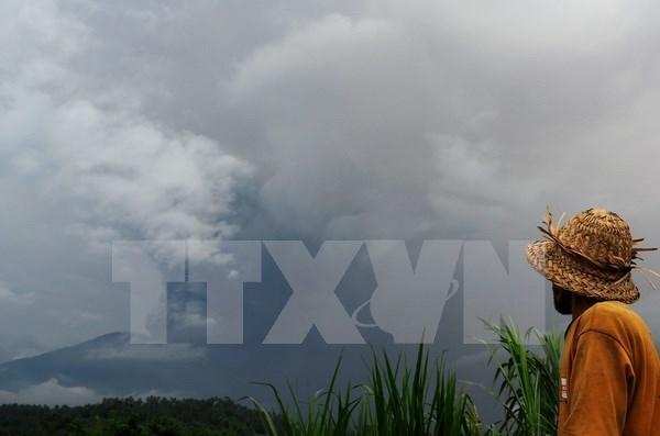 Embajada de Vietnam en Indonesia protege a ciudadanos ante posible erupcion volcanica en Bali hinh anh 1