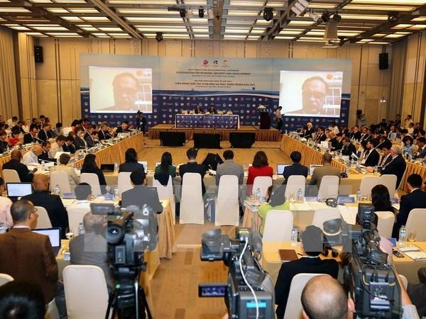 Clausuran en Vietnam IX seminario internacional sobre el Mar del Este hinh anh 1