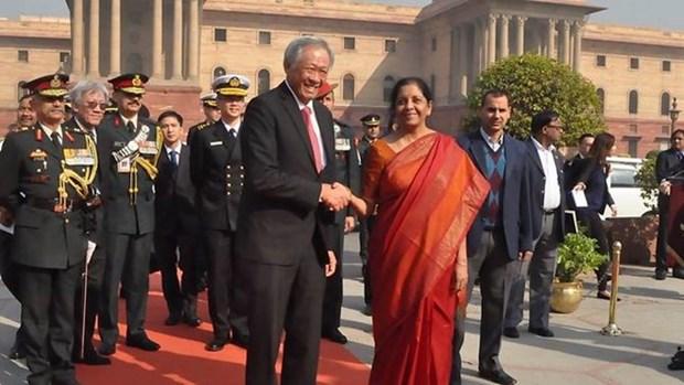 Singapur e India firman un pacto naval hinh anh 1