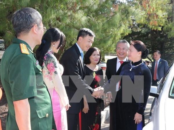 Presidenta de Asamblea Nacional dialoga con vietnamitas residentes en Australia hinh anh 1