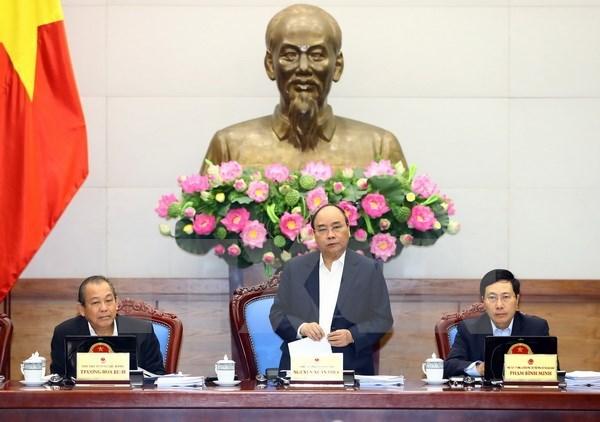 Premier traza tres tareas principales del gobierno en 2018 hinh anh 1