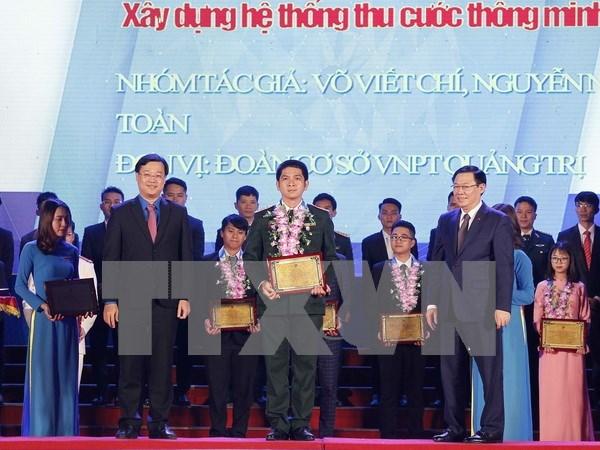 Vicepremier pide condiciones mas favorables para el desarrollo de los jovenes hinh anh 1
