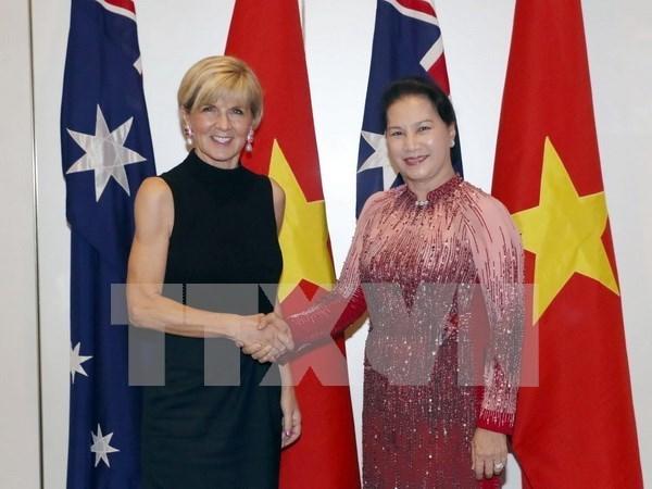 Visitas a Singapur y Australia de presidenta parlamentaria materializan objeivos de relaciones exteriores de Vietnam hinh anh 1