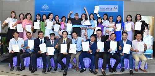 Vietnamitas ganadores de becas gubernamentales australianas comenzaran sus estudios hinh anh 1