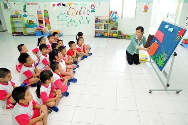 Grupo japones interesado en penetrar en esfera de educacion preescolar de Vietnam hinh anh 1