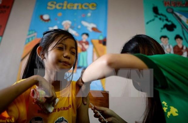Filipinas decreta suspension de venta de Dengvaxia hinh anh 1