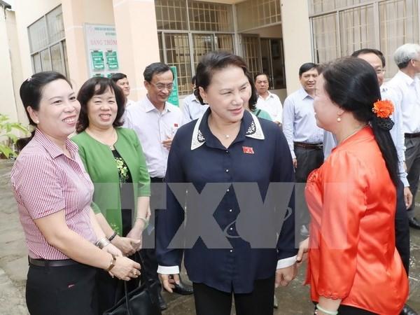 Presidenta de Parlamento vietnamita aclara dudas de votantes de Can Tho hinh anh 1