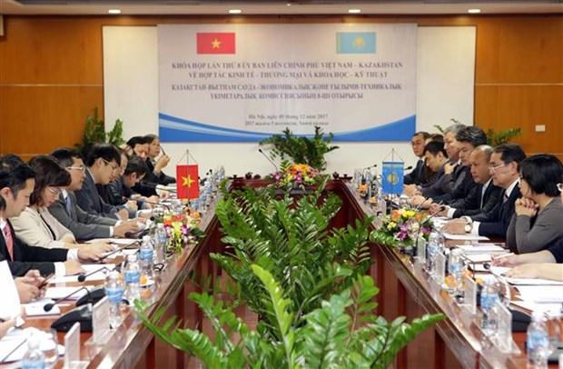 Vietnam y Kazajstan refuerzan relaciones comerciales hinh anh 1