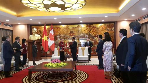 Hanoi y Ontario impulsan cooperacion multifacetica hinh anh 1