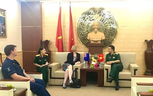 Nueva Zelanda ofrece cursos de capacitacion en ingles para soldados vietnamitas hinh anh 1