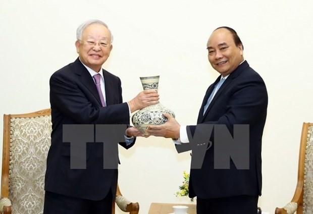 Premier vietnamita dialoga con presidente del grupo sudcoreano CJ hinh anh 1