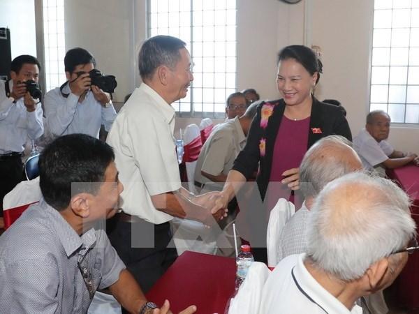 Presidenta del Parlamento vietnamita sostiene contactos con electores en Can Tho hinh anh 1
