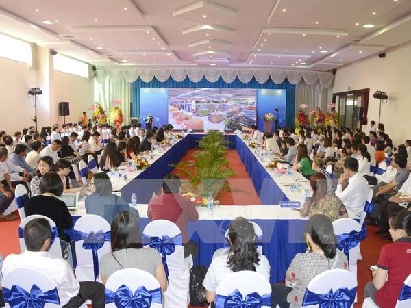 En Ciudad Ho Chi Minh conferencia sobre oferta- demanda hinh anh 1