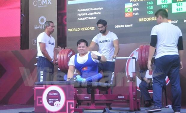 Vietnam gana otra plata en Campeonato mundial de levantamiento de pesas para minusvalidos hinh anh 1