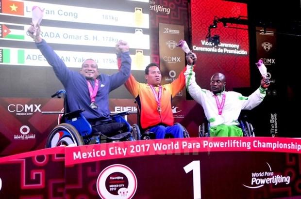 Vietnam cosecha tres medallas en Campeonato mundial de pesas para minusvalidos hinh anh 1