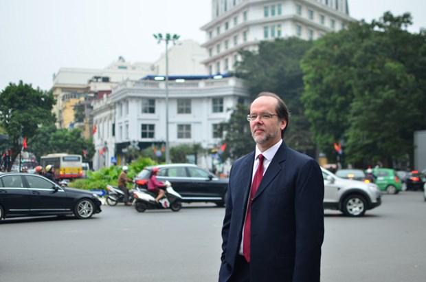 Acuerdo de educacion con Irlanda tiene un buen efecto en la economia de Vietnam hinh anh 1
