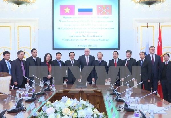 Vietnam promete condiciones favorables para la cooperacion con San Petersburgo hinh anh 1