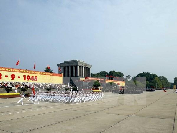 Veteranos de guerra honran al presidente Ho Chi Minh hinh anh 1