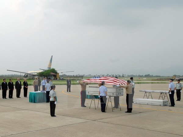Repatrian restos de soldados estadounidenses caidos en Vietnam hinh anh 1