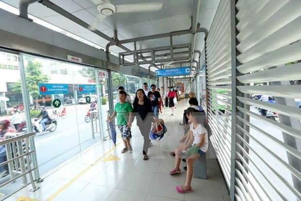 Ciudad Ho Chi Minh estudia modelo de autobus de transito rapido de Suecia hinh anh 1