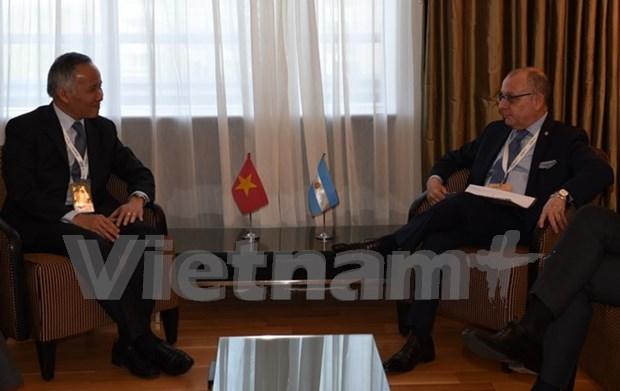 Vietnam y Argentina acuerdan promover intercambio comercial hinh anh 1