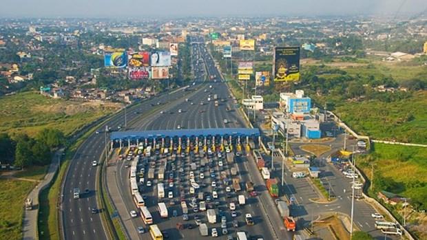 BAD respalda a Filipinas en mejoramiento de calidad de carreteras hinh anh 1