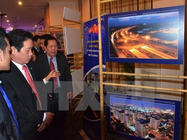Exposicion destaca relaciones entre Vietnam y Camboya hinh anh 1