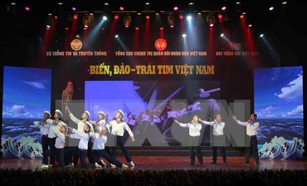 Numerosas actividades en Vietnam en saludo a la fundacion de su Ejercito Popular hinh anh 1