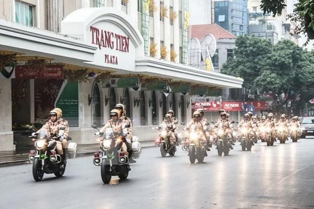 La Policia de Hanoi refuerza seguridad en ocasion del Anos Nuevo Lunar 2018 hinh anh 1