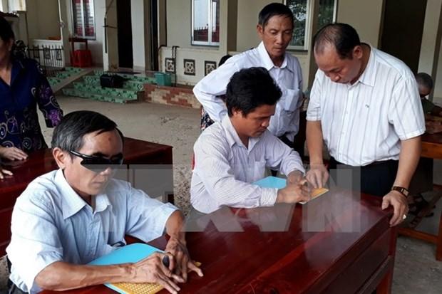 Japon respalda ensenanza informatica a ciegos en Vietnam hinh anh 1