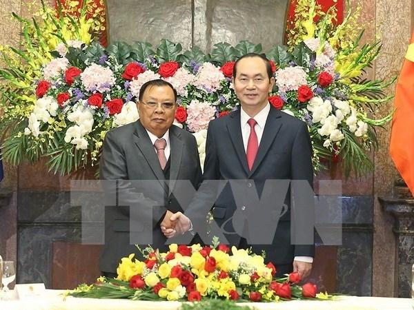 Bounnhang Vorachith envia mensaje de agradecimiento tras visita a Vietnam hinh anh 1