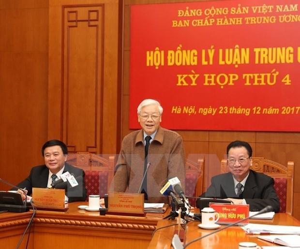 Maximo dirigente partidista de Vietnam exhorta reformas en labores teoricas hinh anh 1