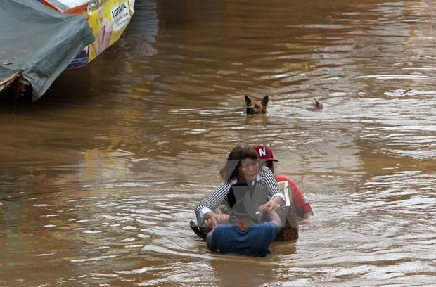Asciende a 200 el numero de muertos por la tormenta Tembin en Filipinas hinh anh 1