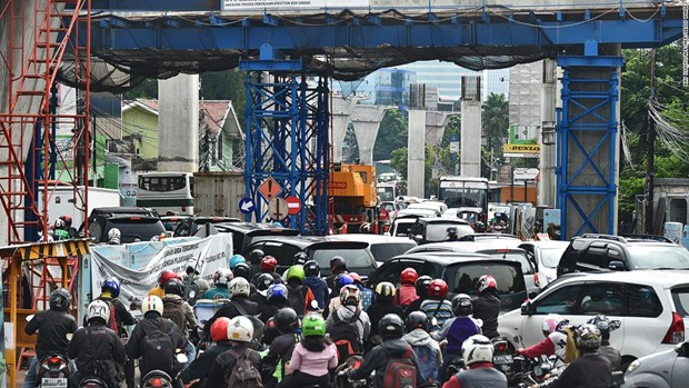 Yakarta por ampliar sistema inteligente de transito para encarar congestion de transito hinh anh 1