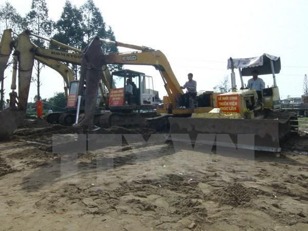 Inician construccion de fabrica de piensos para ganado en provincia central de Vietnam hinh anh 1