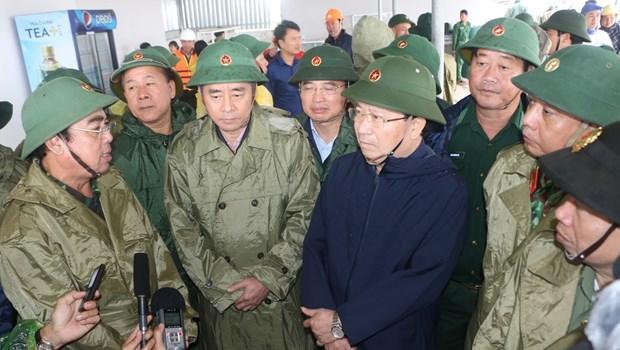 Inspeccionan labores preventivas contra tifon Tembin en Vietnam hinh anh 1