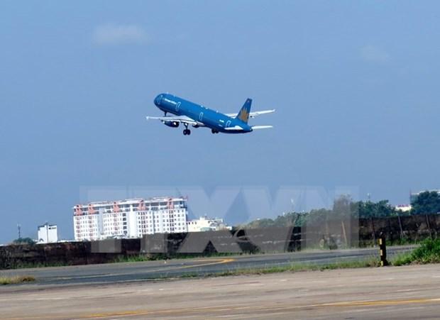 Recomendaciones de aerolineas vietnamitas ante llegada de tifon Tembin hinh anh 1