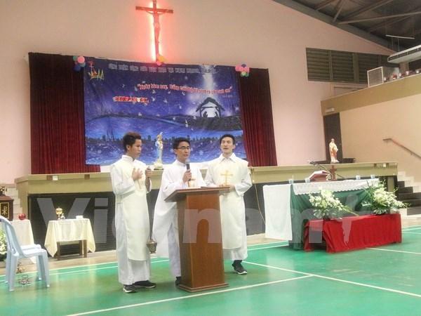 Vietnamitas residentes en Malasia celebran Navidad hinh anh 1