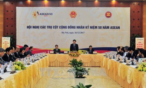Efectuan en Vietnam conferencia de pilares de Comunidad de ASEAN hinh anh 1