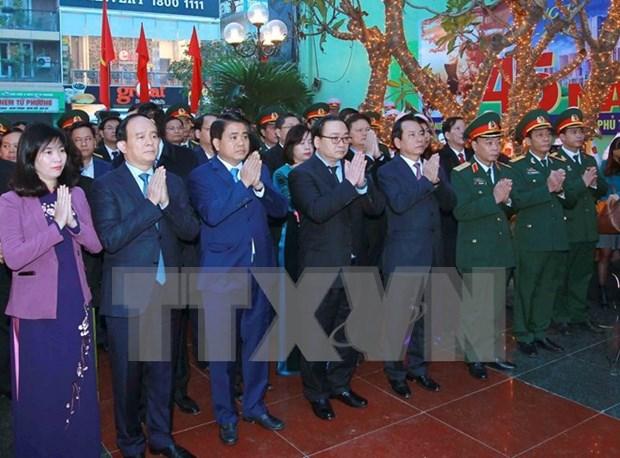Homenajean en Hanoi a victimas de bombardeos estadounidenses de 1972 hinh anh 1