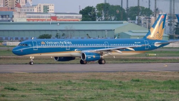 Transporte aereo de Vietnam ofrece servicios a decenas de millones de pasajeros en 2017 hinh anh 1