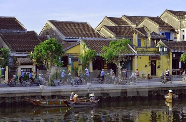 Varias actividades en saludo al Ano Nuevo en provincias centrovietnamitas hinh anh 1
