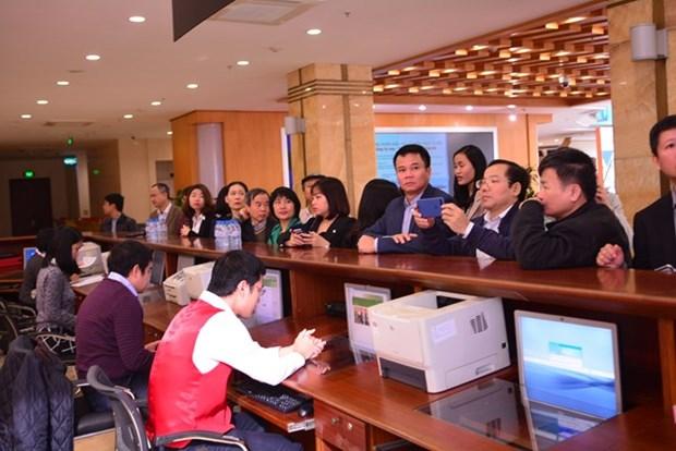 Celebraran en Hanoi 15 subastas de acciones hinh anh 1