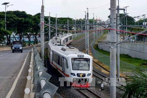 Indonesia se esfuerza por aliviar congestion del transito en Yakarta hinh anh 1