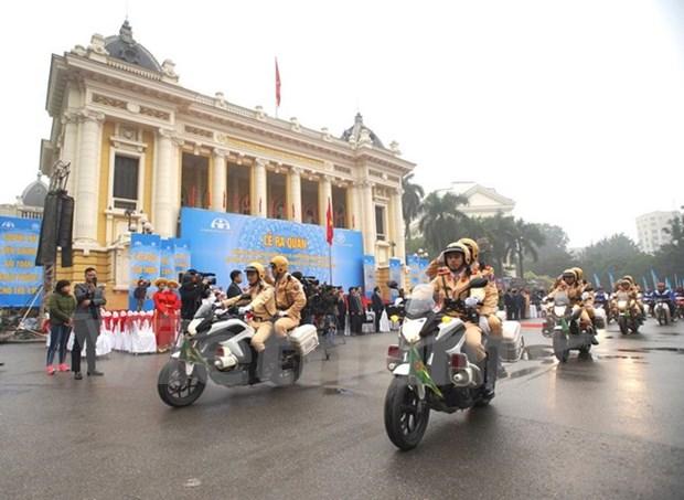 Celebran acto de abanderamiento de fuerzas policiacas por Ano de Seguridad de transito hinh anh 1